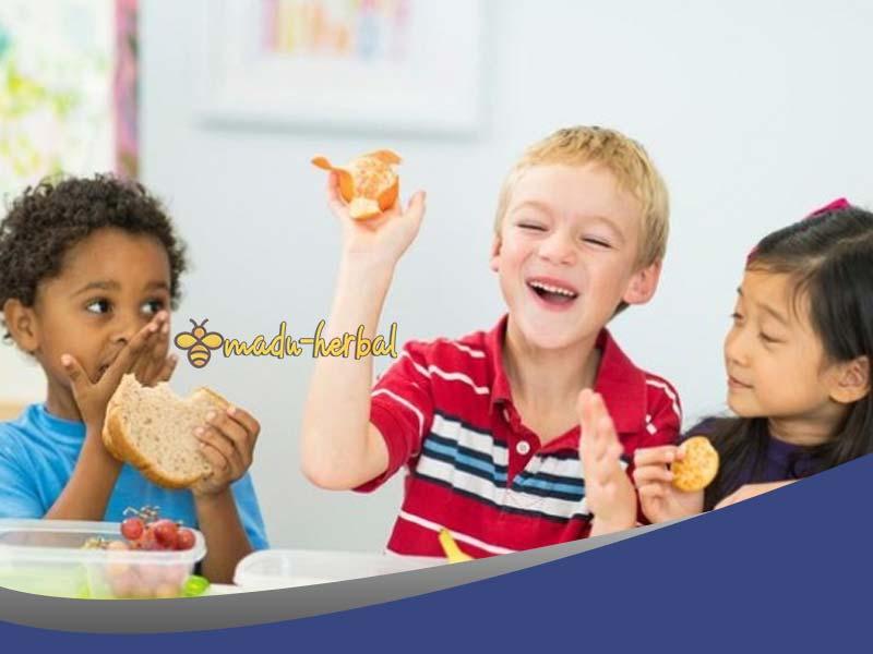 cara-penuhi-kebutuhan-nutrisi-anak